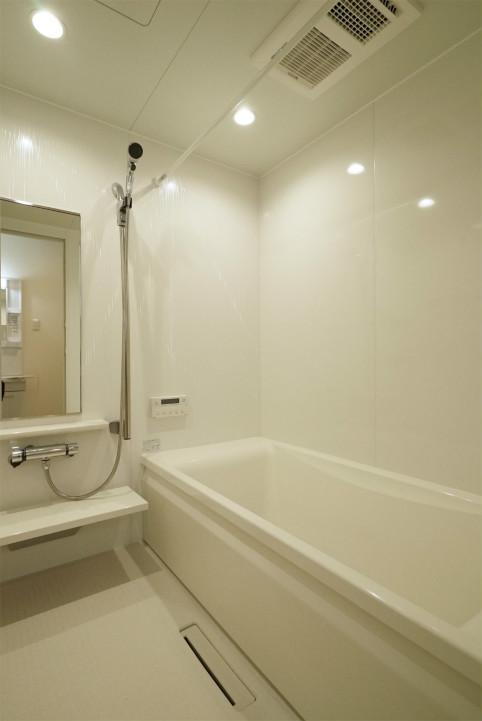 シャトレー関根の浴室
