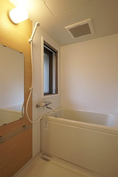テラスファミリア稔の浴室